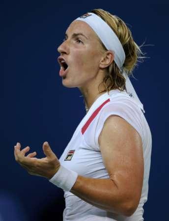 图文-网球女子单打11日赛况 库兹涅佐娃不甘心