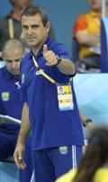 图文-女排决赛巴西胜美国夺金 巴西教练很牛