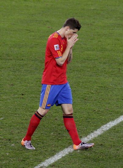 图文-[小组赛]西班牙0-1瑞士托雷斯很失望