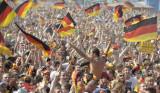 德球迷狂欢庆祝