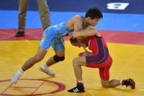男子自由式摔跤55kg级决赛