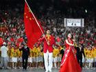 视频-回顾历届奥运开幕式中国旗手 姚明挥动梦想