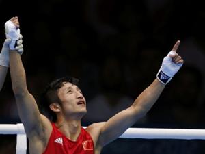 邹市明成功晋级拳击49公斤级决赛