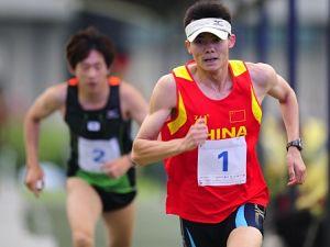现代五项亚锦赛中国选手王冠冲刺