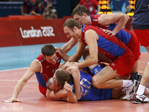 俄罗斯男排3-2逆转巴西夺冠