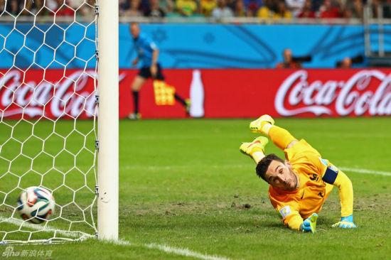 洛里斯世界杯扑救