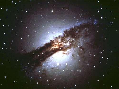 美科学家将公布首批照片证明黑洞存在(组图)