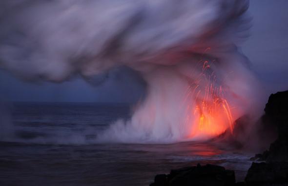 火山爱好者拍下火山喷发壮美照片(组图)_科学探索_科技时代_新浪网 - 云从龙 - 云従龙的博客