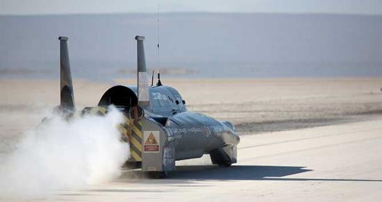 """有""""世界上速度最快的水壶""""之称的蒸汽车"""