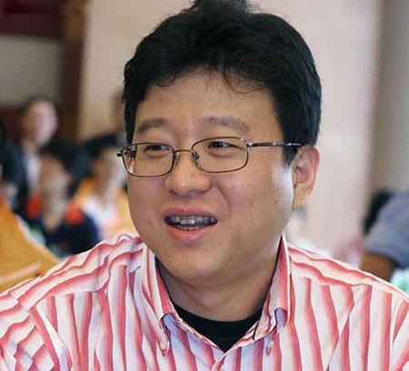 丁磊称亲自负责网易互动和通讯类服务产品