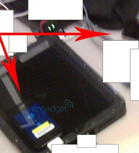 圖為Engadget曝光的iPhone 4G原型機