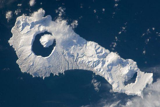 积雪下的俄罗斯温祢古丹岛