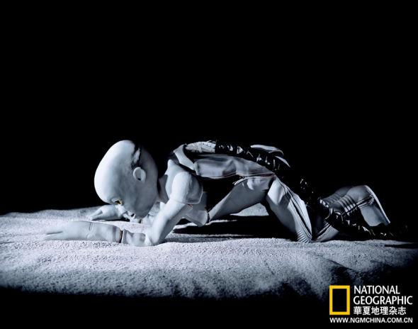 此外机器人还要应付人类无常的天性-人机嫁接技术或把人类引向永生