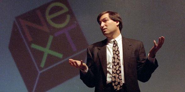时任NeXT CEO的乔布斯1991年10月在纽约举行的UNIX大展上发表主题演讲。