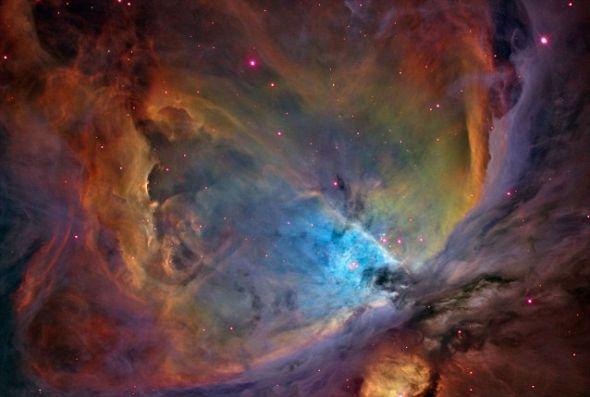 猎户座星云,由美国宇航局的最先进成像设备拍摄