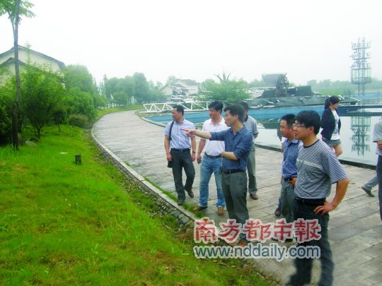 昨晚,杭州南湖建设开发有限公司通过微博,发布了当日技术人员勘查的原图。