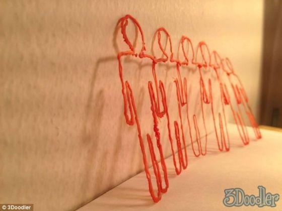 3D打印笔可以用来创作雕刻品,一些成品已经在网上出售