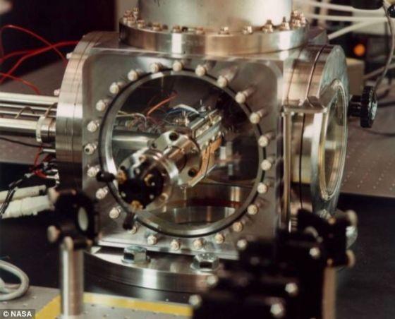这种名叫Cosmic的装置有助于天文学家更好地了解在恒星周围形成的这些微粒的类型,并揭开类地行星形成的谜底。