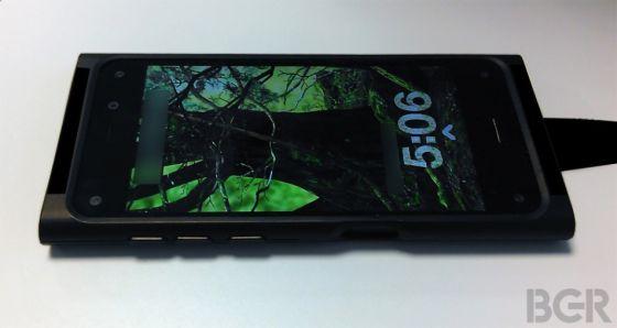 美国科技媒体此前曝出的亚马逊手机谍照