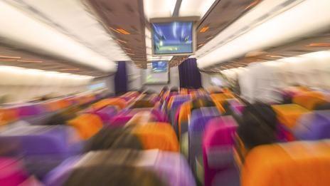 拥挤的机舱是否会成为传染性疾病跨越国界传播的渠道?