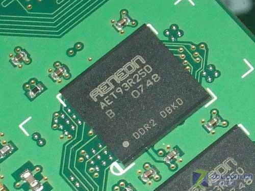 步入主流规格亿能1GB/800内存139元