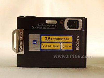 3.5寸超大触摸屏索尼T200送卡2400元