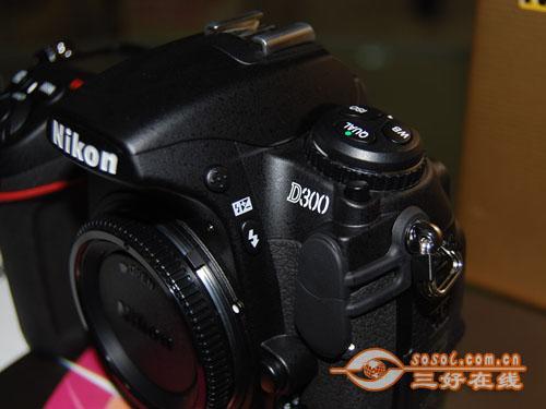 中端单反相机尼康D300现售价12000元