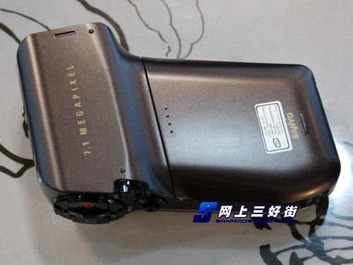 是DV还是DC三洋高清摄像机HD700送8G卡