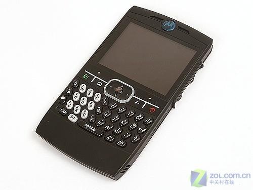 全键盘直板智能机 MOTO Q8震撼价900元