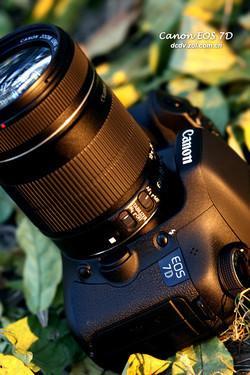 全画幅单反相机佳能7D套机降至12150元