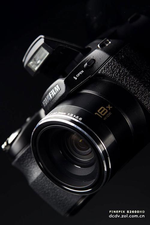 18倍光学变焦镜头长焦DC富士S2600评测(11)