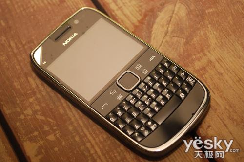 直板全键盘 诺基亚智能手机e6