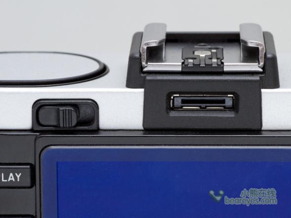 经典复古风APS-C画幅卡片机徕卡X2评测