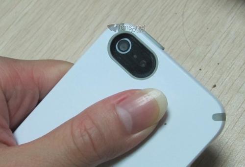 丑爆了!苹果iPhone 5模型机又曝光