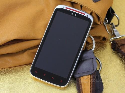 HTC Sensation XE 白色 外观图