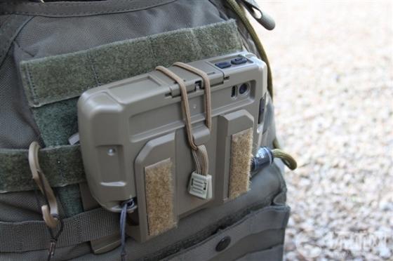 来看看美军特种部队用啥智能手机...