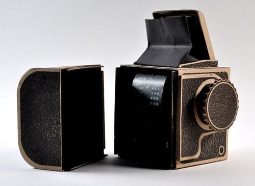 神奇DIY 纸质哈苏中画幅相机近日登场