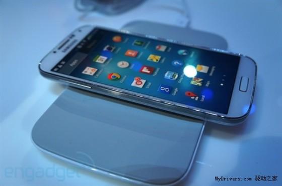 三星Galaxy手机终于也能无线充电了