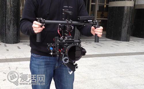 航空科技护驾怎么晃都不怕的防抖相机架
