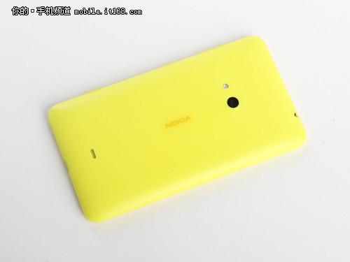 4.7英寸诺基亚Lumia625评测 设计和屏幕
