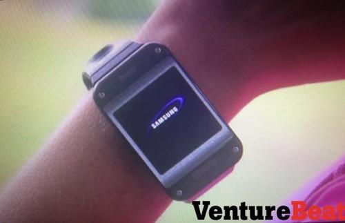 三星Galaxy Gear智能手表真机提前曝光