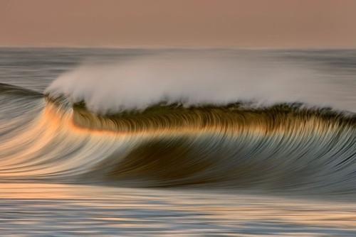 门 留住海浪的波涛美景