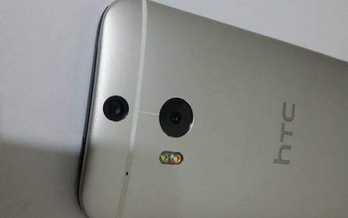 金属机身双摄像头 4G版HTC M8真机偷跑