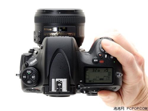画幅单反相机 尼康D800报价15300元图片