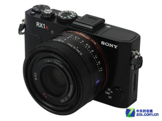 专业的便携全幅索尼RX1R相机售15788元