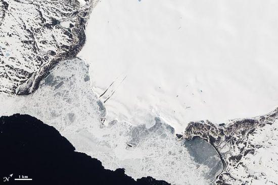 俄罗斯新地群岛的罗泽冰川
