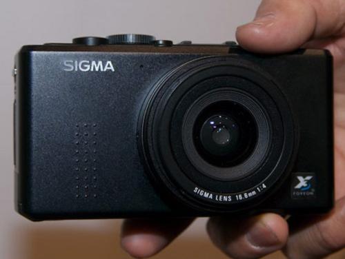 专业便携相机适马DP1售价降至6980元