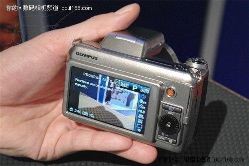 超强变焦能力奥林巴斯SP800仅售2350元
