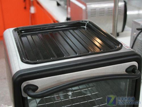 内部4层结构 格兰仕电烤箱网购399元