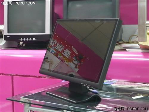 金刚护体HKC镜面19寸宽屏液晶1480元